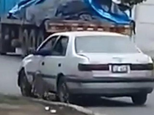 Santa Anita: hombre arrastró a un perro atándolo a vehículo
