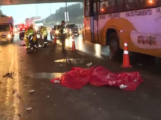 Surco:  hombre fue atropellado debajo del puente Benavides