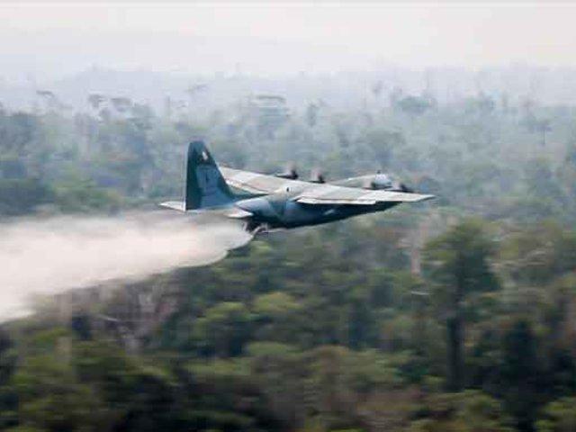 Brasil: FFAA empezaron a sofocar las llamas en la Amazonía
