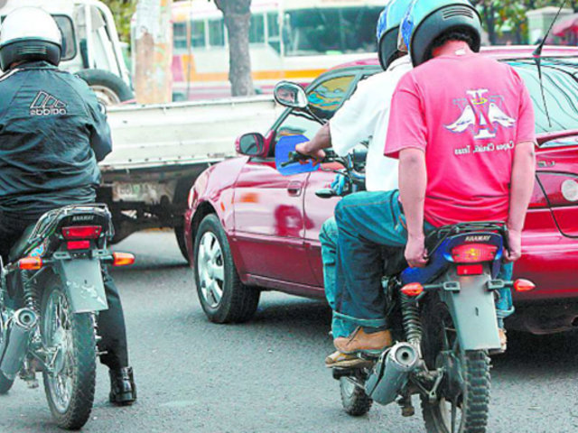 MTC: multarán con más de 4 mil soles a quienes ofrezcan servicio de taxi en motos lineales