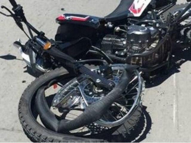 Turquía: motociclista sobrevive tras impactar violentamente contra auto