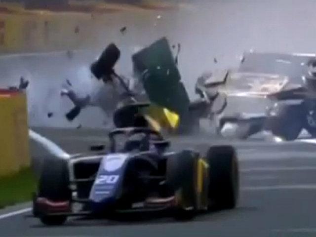 Violento accidente dejó la Fórmula 2 en Bélgica