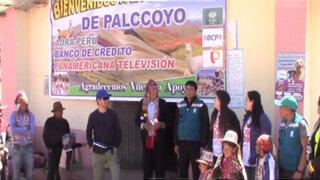 """Adra, BCP y Panamericana TV. entregaron  """"casas abrigadoras"""" en Palcoyo"""