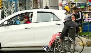 El 'vía crucis' de trasladarse en Lima en silla de ruedas