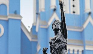 Municipalidad de Lima inicia recuperación de 98 estatuas públicas