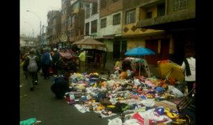 Cercado de Lima: denuncian que ambulantes de Gamarra han invadido urbanización Manzanilla