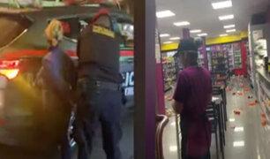 Breña: ciudadana venezolana en estado de ebriedad desata caos en conocido minimarket