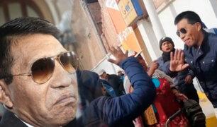 Juliaca: un grupo de pobladores insulta a Moises Mamani