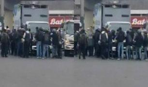 Surco: fiscalizadores se enfrentaron con motociclistas durante operativo
