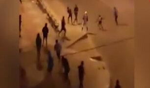 El Agustino: pandilleros se enfrentan a machetazos en plena calle