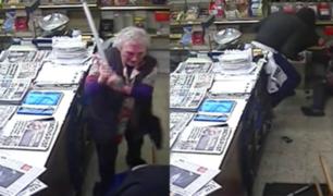 Anciana golpea a bastonazos a ladrón para defender su negocio