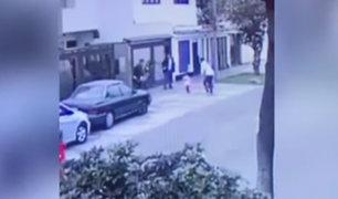 San Miguel: asaltan a mujer con sus pequeños hijos tras salir de colegio