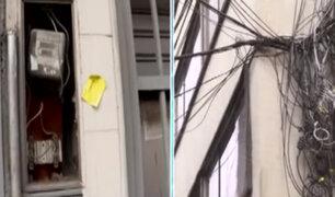 Centro de Lima: cables sueltos, cajas de electricidad expuestas y más