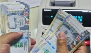 Ministerio de Trabajo evalúa adelantar pago de gratificaciones