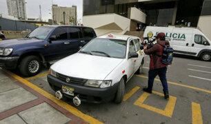 Encuentran auto donde habrían trasladado cuerpos descuartizados