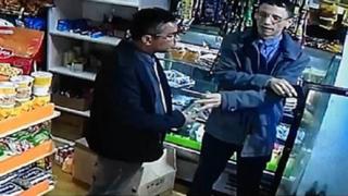 Falsos clientes roban licores en minimarket ubicado en Lince