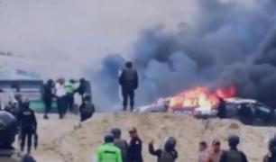 La Libertad: un muerto, 12 policías heridos y 8 vehículos calcinados deja intento de desalojo