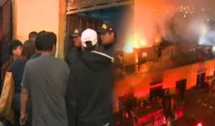La Victoria: delincuentes aprovechan incendio en mercado para robar
