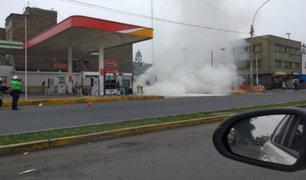 Cercado de Lima: tres heridos deja fuerte deflagración en grifo