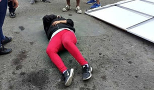 La Libertad: extranjera termina herida tras caerle panel publicitario