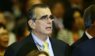 """Olaechea señala que acudiría """"a instancias internacionales"""" si TC desestima demanda"""