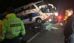Huarmey: tres muertos tras despiste de bus interprovincial