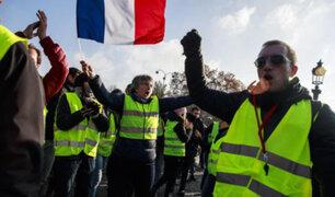 Los chalecos amarillos vuelven a protestar en Francia