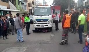 San Luis: colectivero se metió debajo de grúa para evitar que se lleven su vehículo