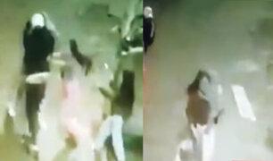 VES: sujeto agredió a pareja mientras ella cargaba a bebé