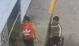 SMP: asaltan a mujer frente a su hija en puerta de colegio