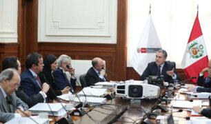 Del Solar y Zeballos sustentaron adelanto de elecciones ante Comisión de Venecia