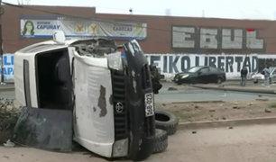 SMP: aparatoso accidente deja un muerto en avenida Tomas Valle