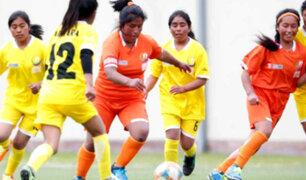 Niñas de pueblos originarios se lucen en Juegos Deportivos Escolares
