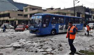 Caída de lluvia y granizo provocó gran congestión vehicular en Quito