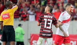 Paolo Guerrero recibiría hasta seis fechas de suspensión, según Globo Esporte