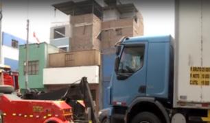 La Victoria: recuperan espacios públicos invadidos por camiones