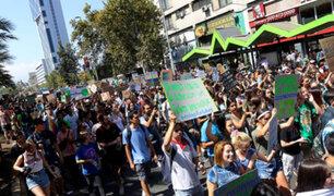 Marcha por cambio climático dejó 13 detenidos y 10 heridos en Chile