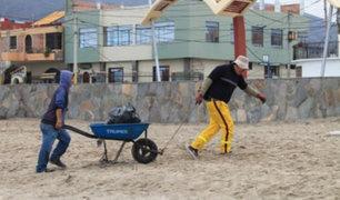 Chimbote: recogen tonelada y media de basura durante campaña de limpieza de playa