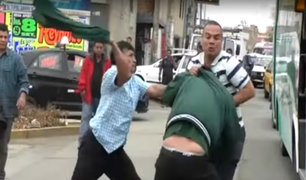 Trujillo: taxista extranjero se agarra a golpes con cobrador y conductor