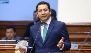 """Clemente Flores: """"El presidente está reunido con su equipo jurídico analizando la situación"""""""