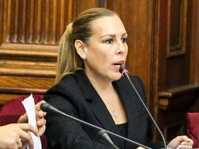 """Molinelli protestó por frases """"sexistas y machistas"""" de congresista durante sesión"""