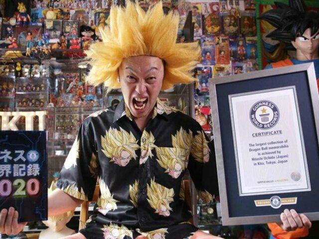 Conoce al hombre que dejó su trabajo para ser el mayor coleccionista de Dragon Ball en el mundo