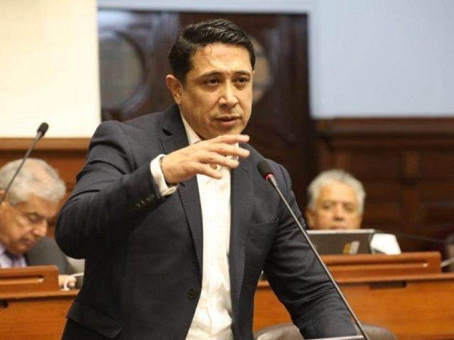 Ética abrirá indagación preliminar contra congresista Castro por semana de representación