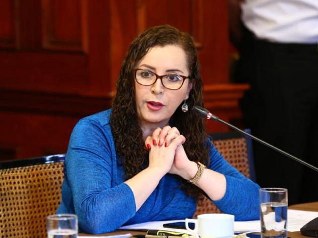 Rosa Bartra respalda opinión de Comisión de Venecia sobre la separación de poderes