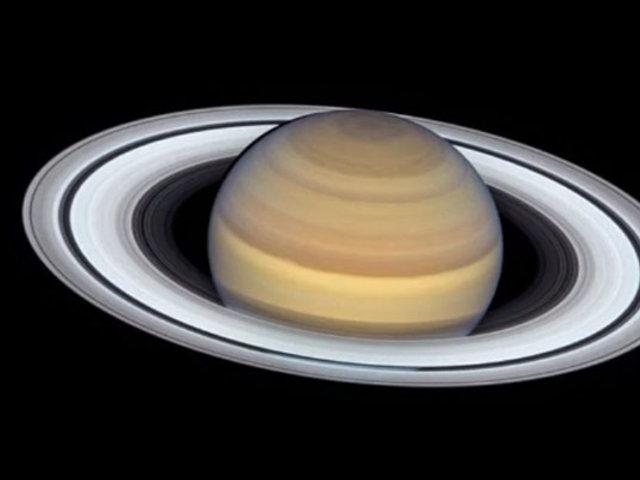 """NASA publica la """"fotografía más detallada"""" de Saturno hasta la fecha"""