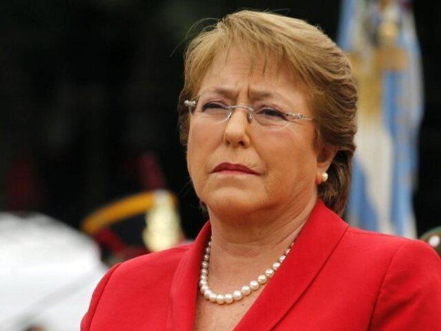 Michelle Bachelet pide diálogo entre Chile y sociedad civil
