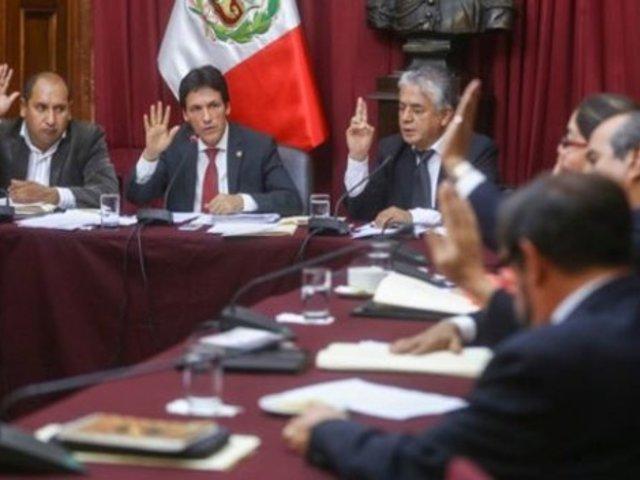 Comisión de Ética: bancadas renunciantes evalúan presentar amparo constitucional
