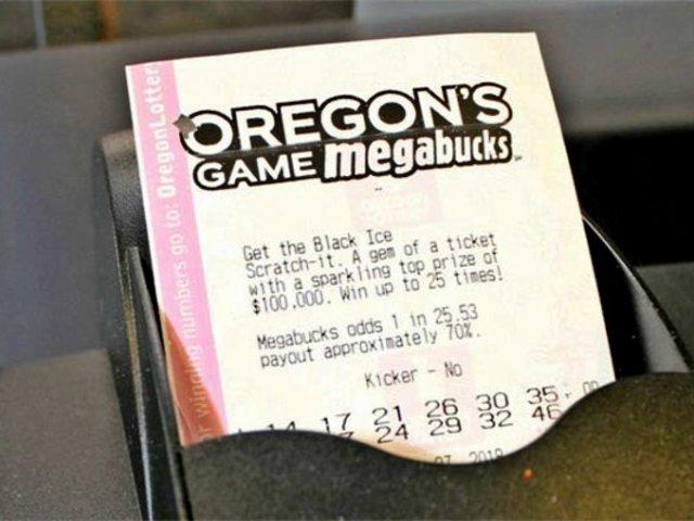 Hombre vence al cáncer dos veces y luego se gana la lotería