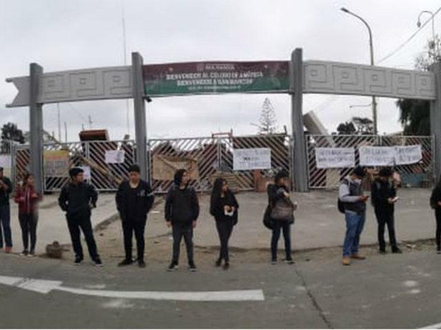 UNMSM: estudiantes formaron cadena humana en protesta contra by-pass
