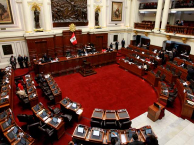 Pugnas en el Congreso por la elección de miembros del TC